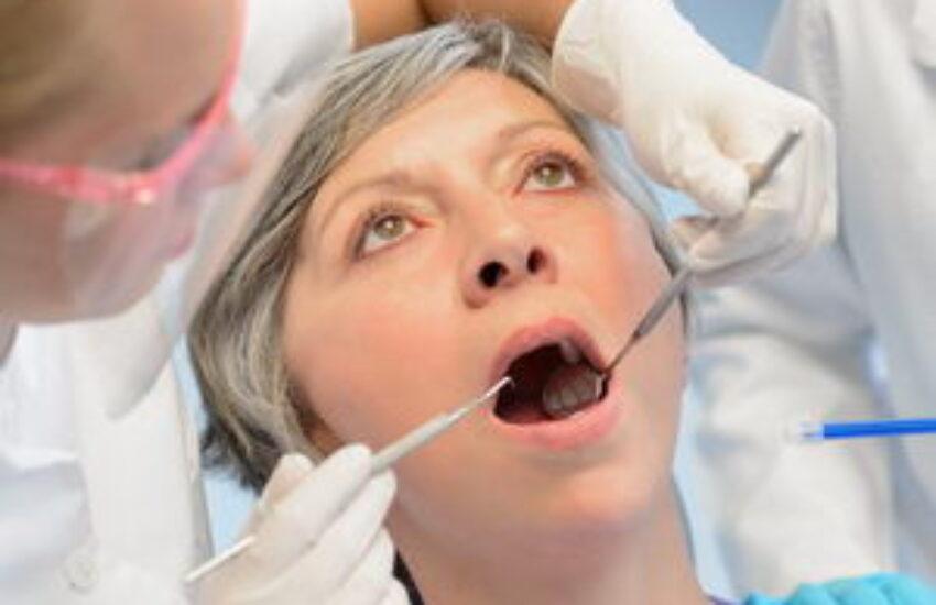 איריס עברה השתלת שיניים